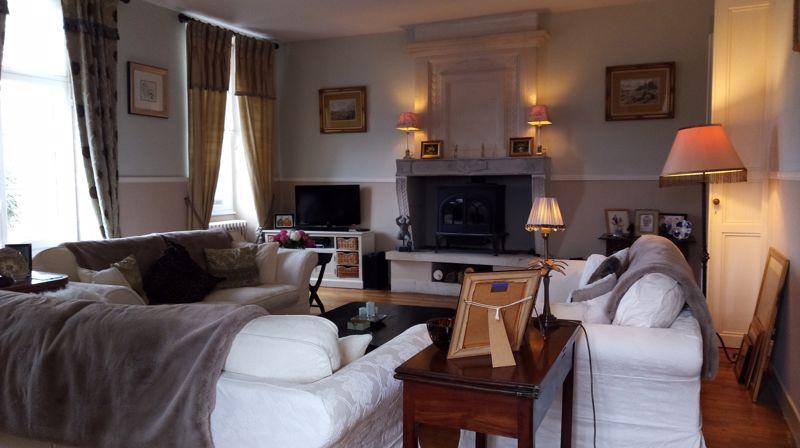 Stunning four bedroomed 18th century Maison de Maître